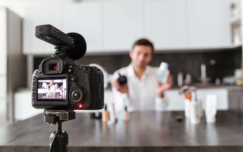برای معرفی خدمات و محصولات تان حتما از عکس و ویدئو استفاده کنید